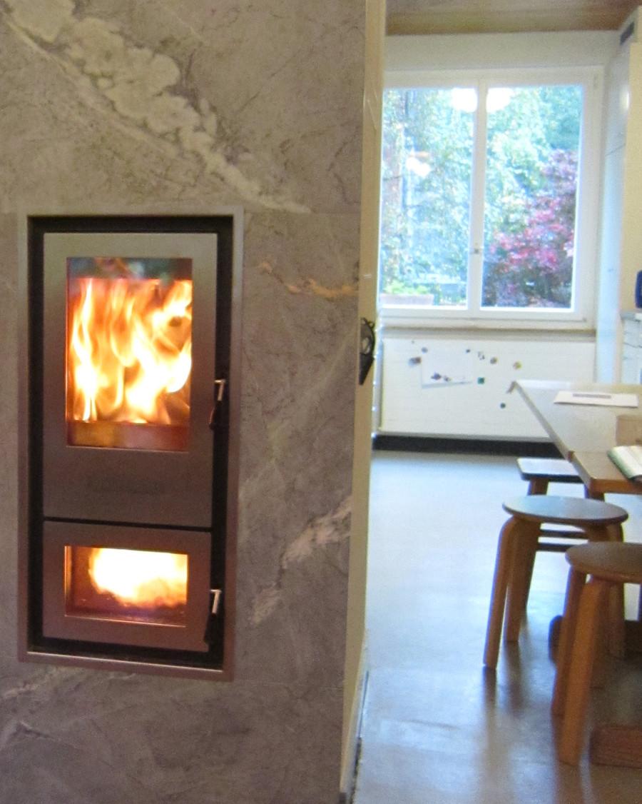 Marmor Kaminofen Lehmummauerter Ofen